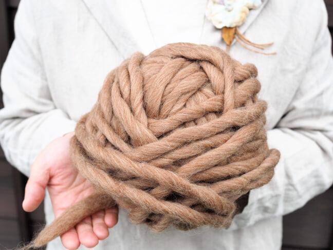 アヴリル糸