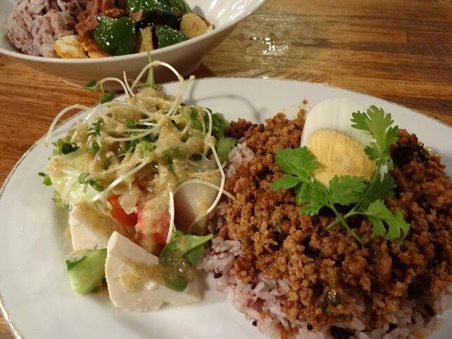 タイ辛のせご飯
