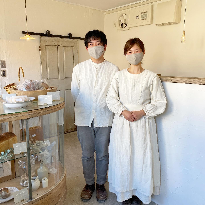 ・・今週15日の(土)、KIKONO店内にてNoufuさんが @noufu.pain 出張パン販売に来てくれます・パン作りを心から楽しんでいるNoufu ご夫婦のパンは味わい深く感動の美味しさです・当日のメニューも考えてくれていますのでお楽しみにしてくださいね・11:00からスタートし、なくなり次第終了です・川越でご購入いただける嬉しい機会に是非お立ち寄りください・・当日はご近所の @enkomugi さんで  @pienikota さんの小さな蚤の市が開催されるそうでとっても楽しそう!・合わせてお出掛けくださいね・・#noufu