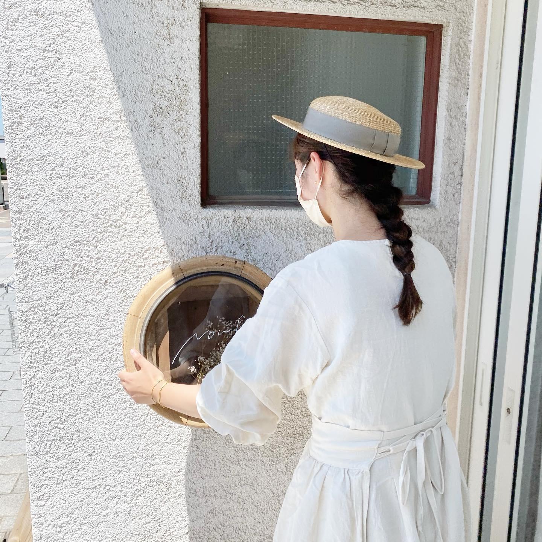 @itashiori × @kikono_shop 企画展・本日もどうぞ宜しくお願いします・今日は @noufu.pain さんのパン出張販売です・すもものソーダのドリンクもご用意してくださっています・・是非お待ちしています・・